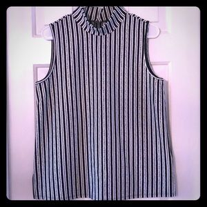NWT Cable & Gauge sleeveless striped turtleneck